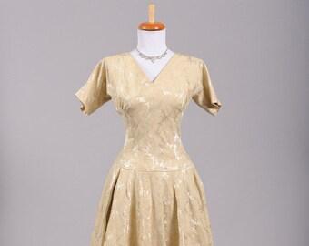 1950 Damask Vintage Wedding Dress