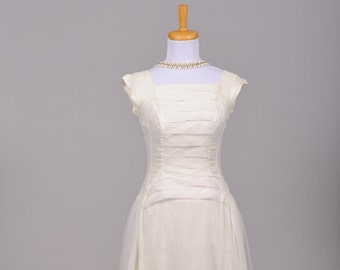 1950 Pleated Vintage Wedding Gown