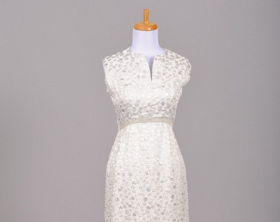 1970 Embossed Vintage Wedding Gown