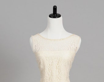 1970 Lace Drop Waist Vintage Wedding Dress