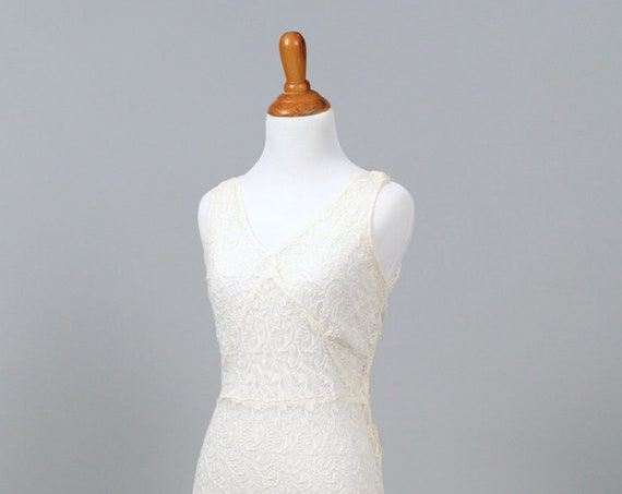 1940 Sheer White Lace Vintage Wedding Gown