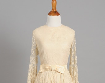 1960 Peach Lace Bell Sleeves Vintage Wedding Dress