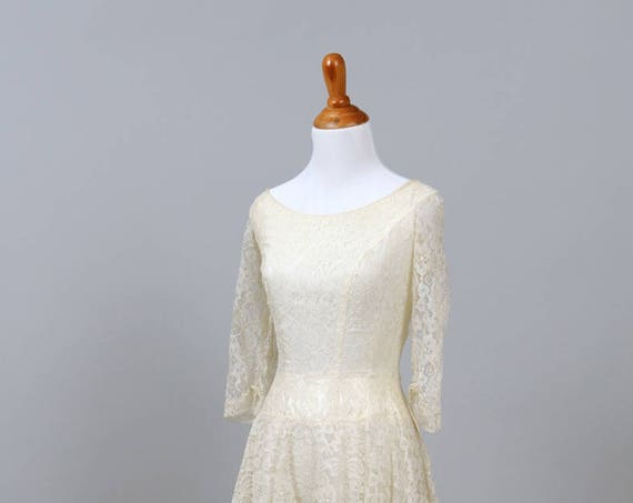 1950 Lace and Tulle Petticoat Vintage Wedding Dress