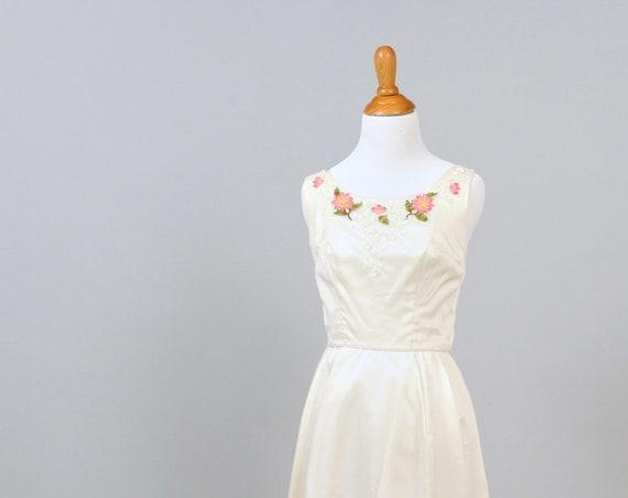 1960 Floral Sequin Appliqued Vintage Wedding Gown