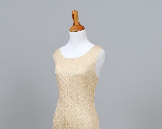 1970 Beige Knitted Lace Vintage Wedding Gown