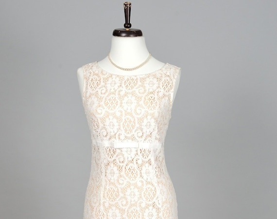 1980 White Lace Empire Vintage Wedding Dress