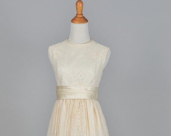 1960 Ivory Crocheted Lace Vintage Wedding Gown