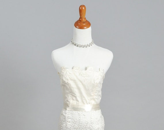 1970 Fit And Flair Strapless Vintage Wedding Dress