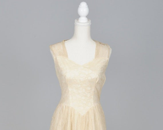 1950 Peek-A Boo Ruffled Lace Vintage Wedding Gown