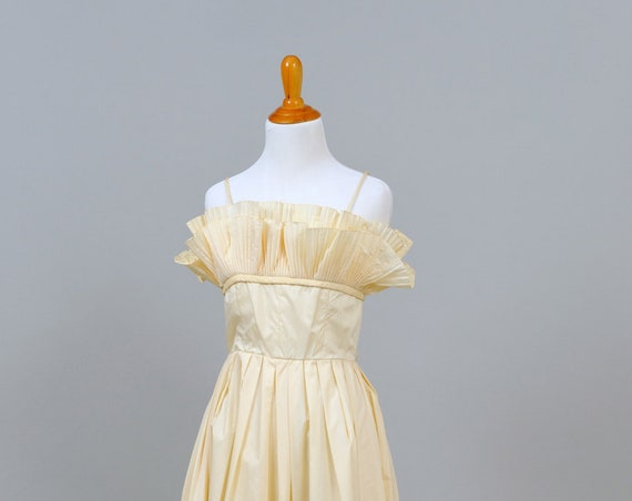 1970 Ruffled Taffeta Vintage Teal Length Wedding Dress