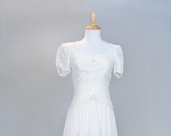 1940 Ruched Chiffon Vintage Wedding Gown