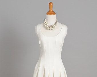 1970 Scooped Neck Vintage Wedding Gown