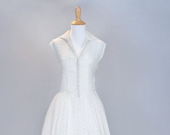 1950 Ecru Embroidered Vintage Wedding Gown