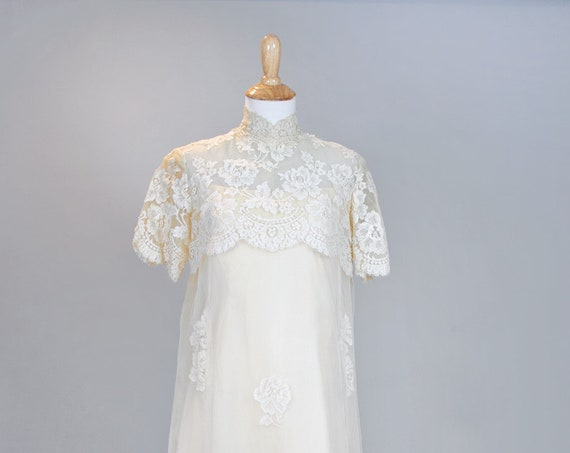 1960 Vanilla Pearl Lace Vintage Wedding Gown