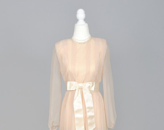 1970 Long Sleeve Peach Chiffon Vintage Wedding Dress
