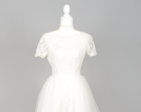 1950 Tulle and Lace Tea Length Vintage Wedding Dress