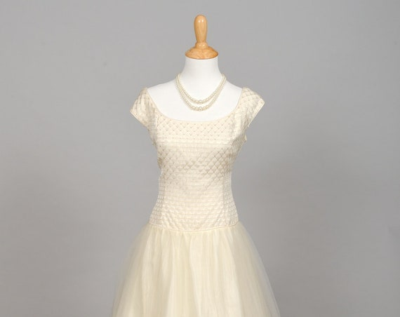 1970 Diamond Vintage Wedding Gown