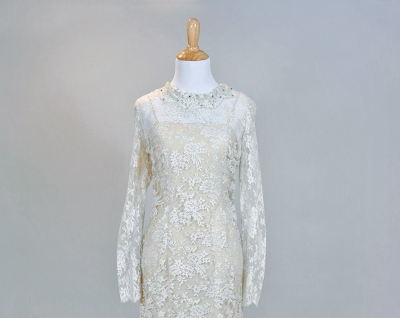 1960 Lace Sheath Vintage Wedding Dress