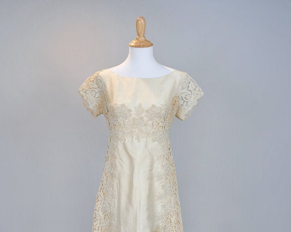 1960 Romantic Silk Vintage Wedding Gown