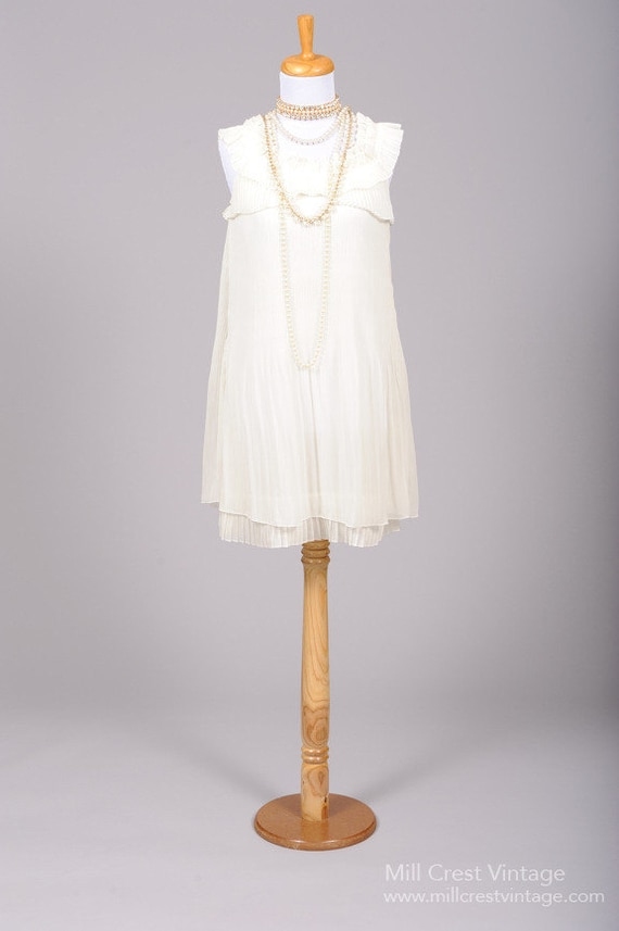 1980 Ruffled Mini Vintage Wedding Dress