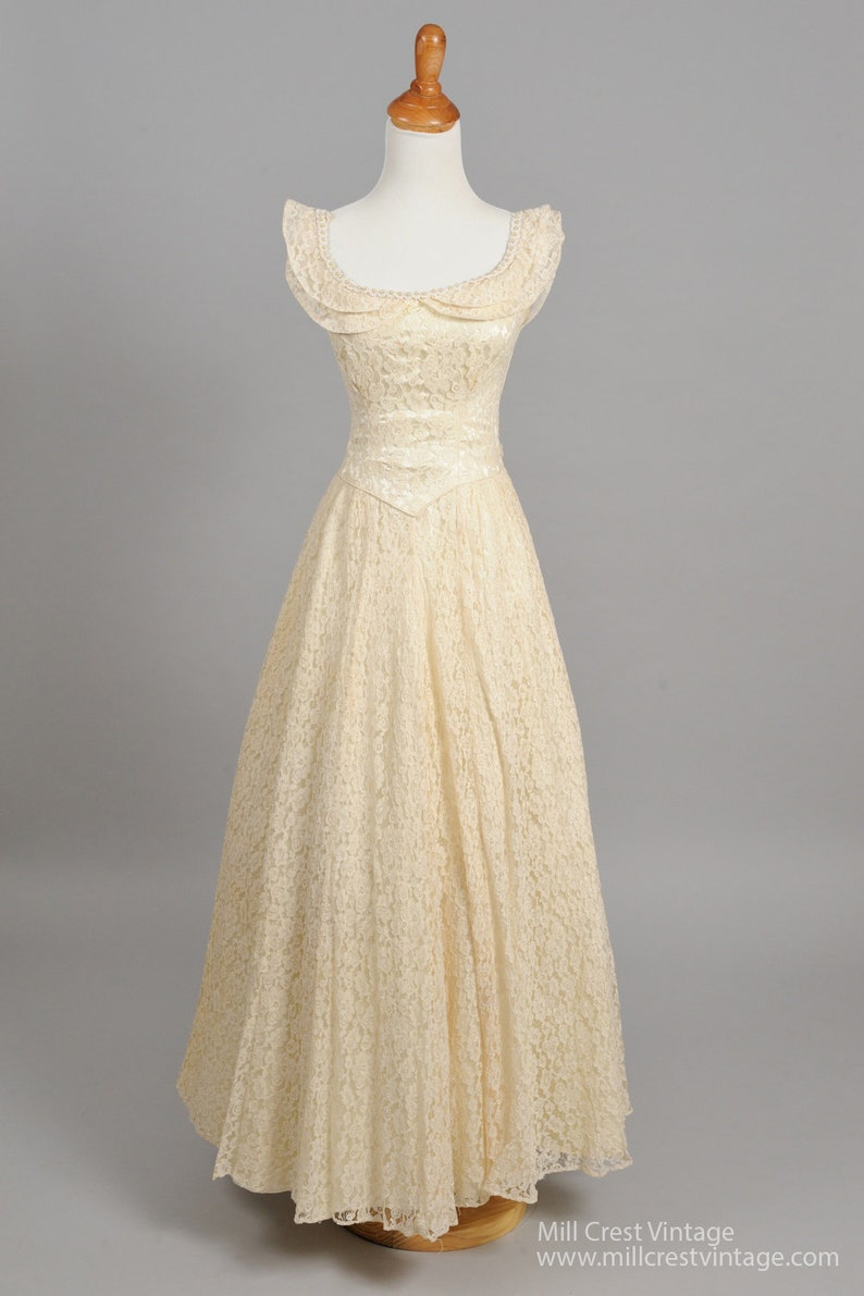 86dc249a7dd 1950 Sea Pearls And Lace Vintage Wedding Gown