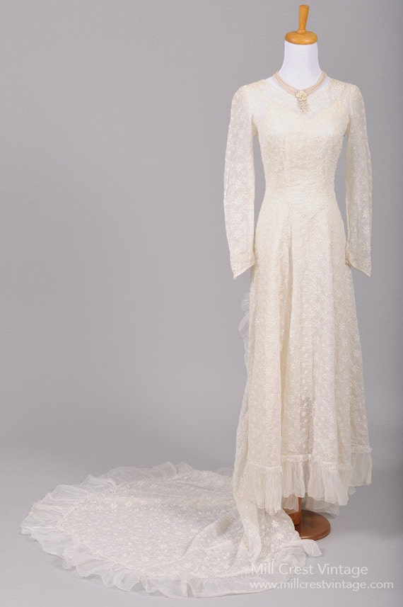 1940 Embroidered Voile Vintage Wedding Gown