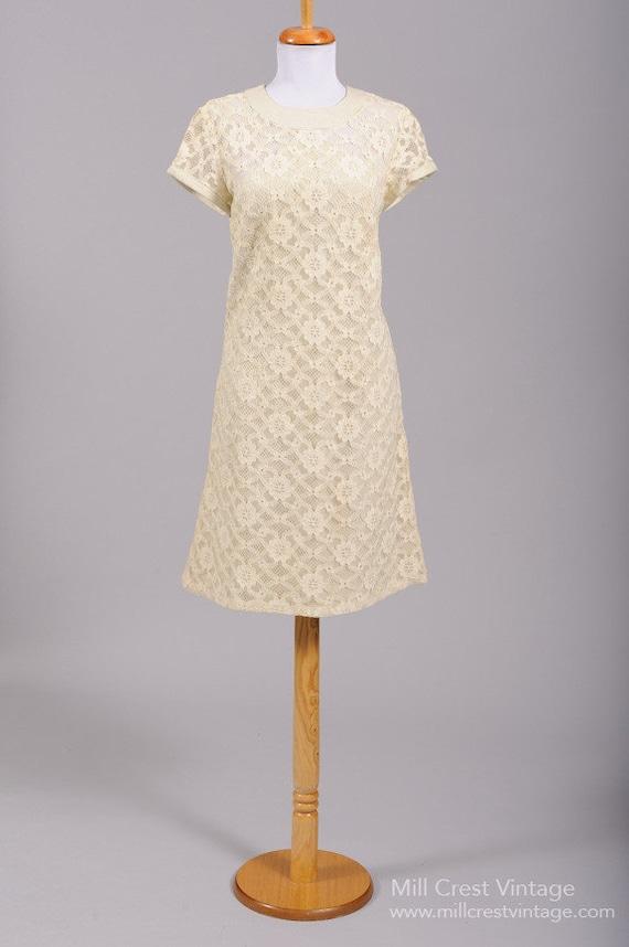 1960 Linen Lace Vintage Wedding Dress - image 1