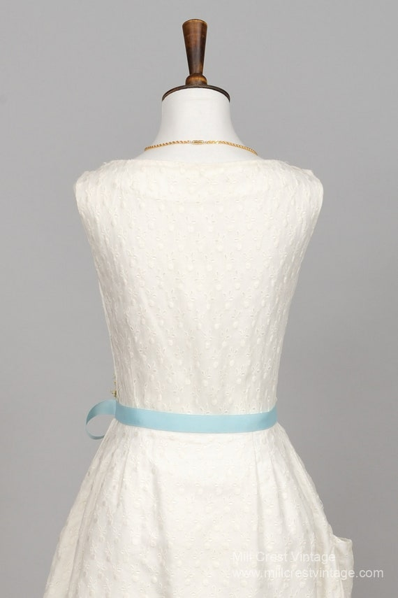 1960 Tiered Pique Vintage Wedding Dress - image 4