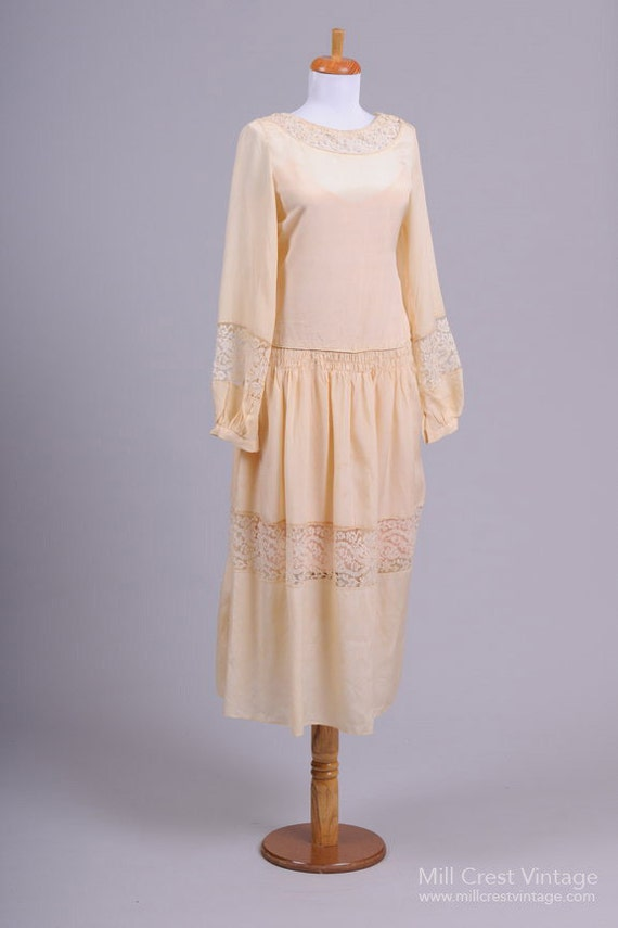 1930 Vanilla Vintage Wedding Dress