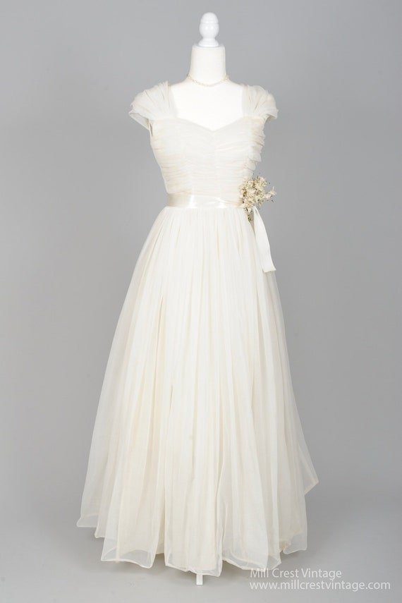 1950 White Chiffon Capped Sleeves Vintage Wedding