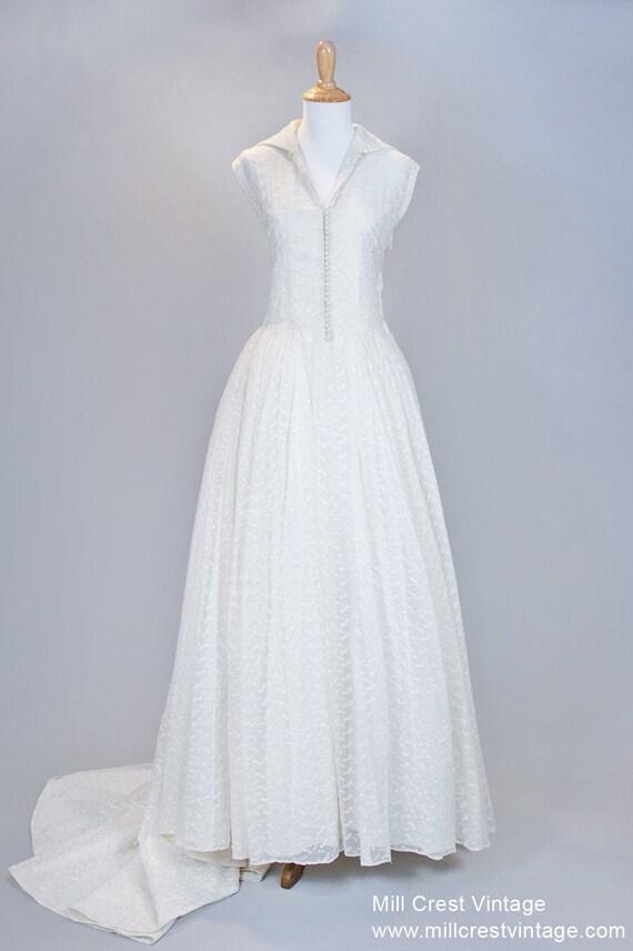1950 Ecru Embroidered Vintage Wedding Gown