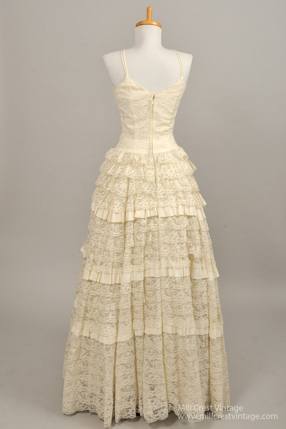 1960's Tiered Lace Vintage Wedding Gown - image 3