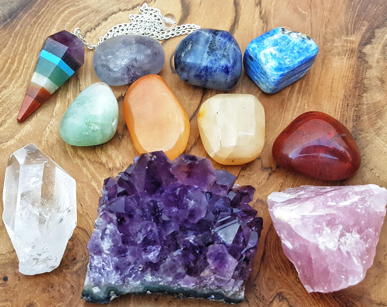 11 pcs Healing Crystals and Stones Chakra Set / Purple Amethyst Cluster,  Rose Quartz, and Clear Quartz Gemstone, 7 tumbled stones pendulum