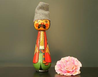Folk art wooden peg doll, turned wood figurine, travel souvenir 1970s 1980s, traditional costume, Ukraine Eastern Europe wooden peg people