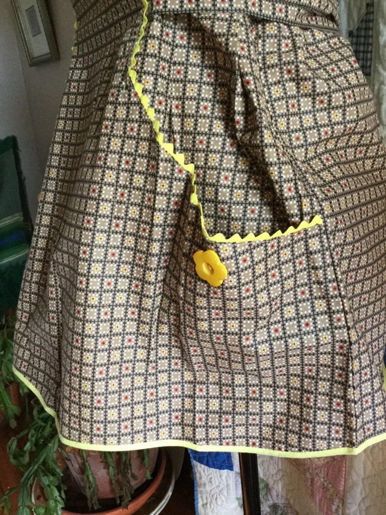 retro bib apron vintage cotton vintage clothing kitchen collector embellishment, pull over kitchen apron yellow rick rack