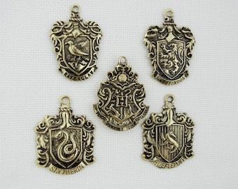 Hogwarts needle minderbrooch