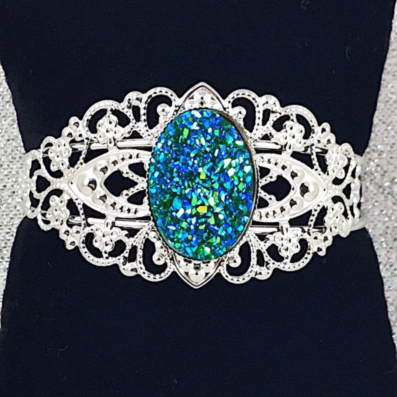 Oval Green Druzy Jewelry Green Druzy Filigree Cuff Bracelet Bridesmaid Bracelet Gifts Emerald Green Druzy Cuff Bracelet for Women