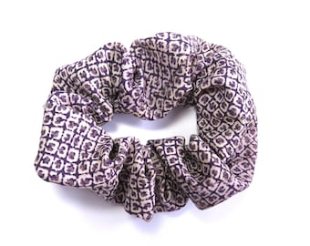 Scrunchie made from Vintage Japanese Kimono Fabric / Purple / Small