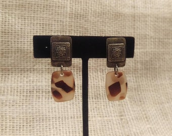 CLEARANCE !!! Vintage Clip On Earrings