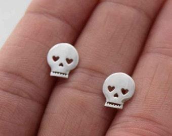 Sterling skull stud earrings, silver skull stud earrings, dainty earrings, halloween earrings, minimalist earrings, girlfriend gift, studs