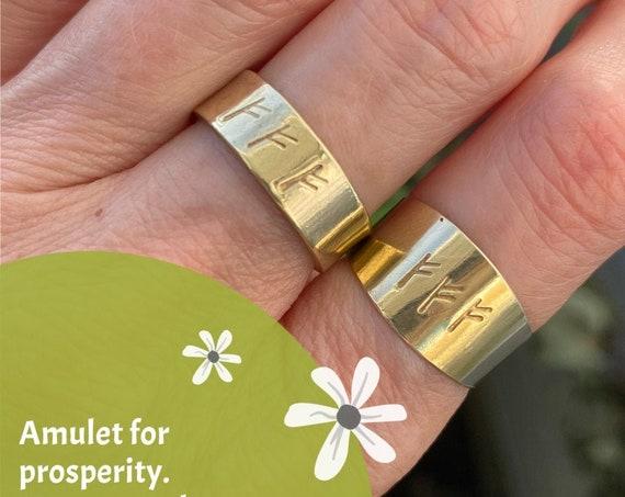 Amulet for  prosperity. Money amulet. Witch ring. Fehu. Fehus. Fehu Rune ring.Fehus Runes. Fehu ring