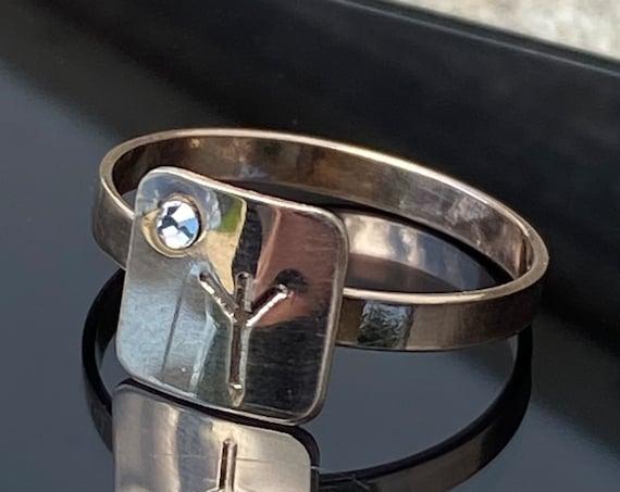 Amulet for prosperity .Algiz rune .Protection ring. Meditation ring. Witch ring. Algiz rune Jewelry. Rune ring. Rune crystal. Open hand ring