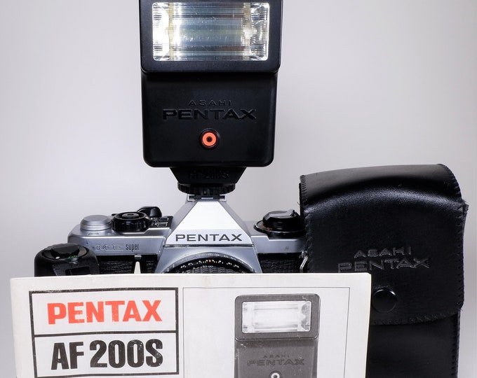 Asahi Pentax AF200S Electronic Flash / Strobe - Pentax MV, ME, Super, MX, Canon, Nikon, Olympus - Orig Case, Book - Tested Fully Working