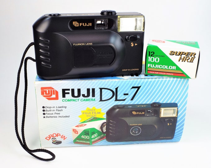 Fuji DL-7 35mm Compact Film Camera Outfit - New in the Box - Fujinon 36mm Lens - Fujicolor Super HG 400 Film Included - Strap - Batteries