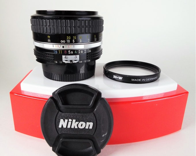 Nikon Nikkor 50mm f/1.4 AI Lens - Nikon F Mount - with Nikon Front & Rear Caps - 52mm B+W 52E 010 1X Filter - Lens Made in Japan - SN4214106
