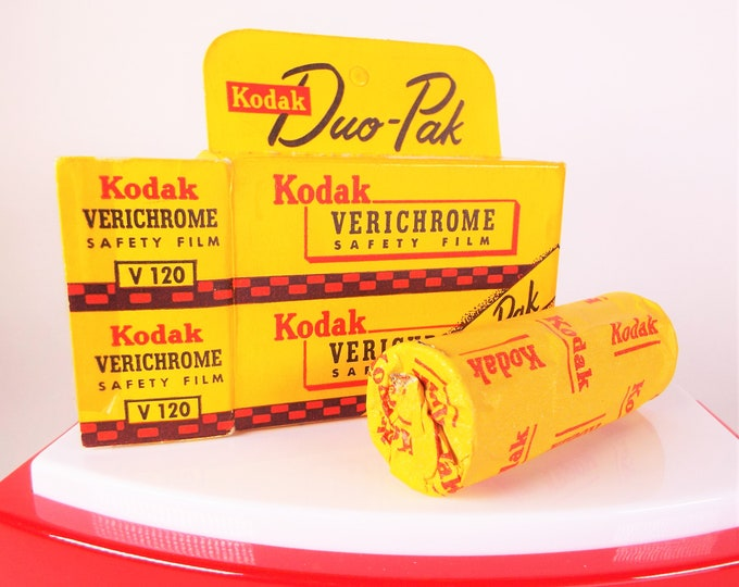 Rare Vintage Kodak Verichrome Safety Film Duo-Pak V120 Film - (1) Roll - NOS - Open Box, Unused, Expired Jan 1957 - Collectible Kodak Film