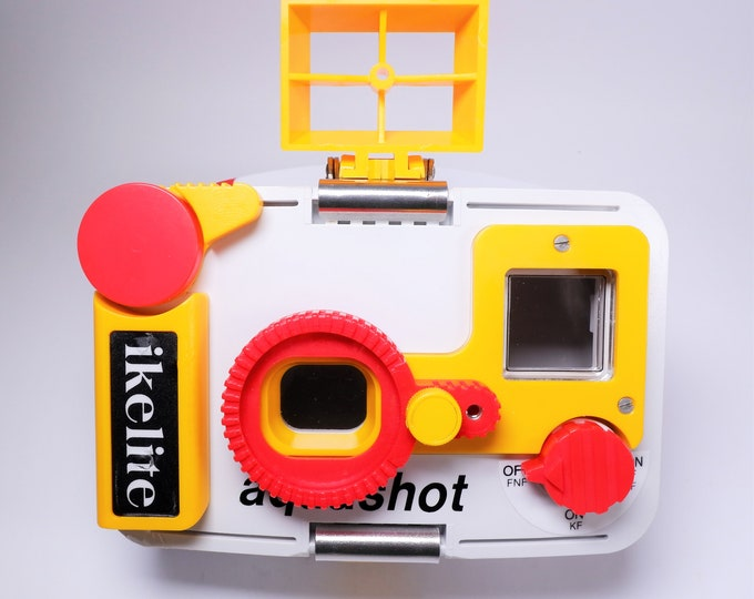 Ikelite Aquashot Waterproof Diver's Camera System - Ikelite Case, Ikelite Substrobe AQ/S Electronic Flash, Ikelite Macro Kit - with boxes!