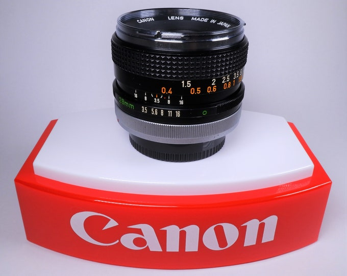 Vintage Canon FD Mount 28mm f/3.5 Wide-Angle Chrome Nose Lens - Excellent Condition - w/ Canon Cap - F-1, A-1, AE-1, AV-1, T70, T90 - Tested