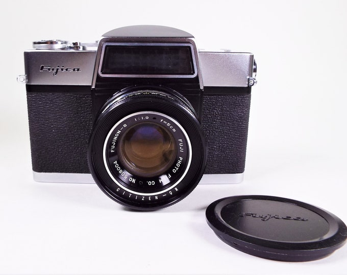 Rare Fujicarex II 35mm SLR Film Camera - w/Original Fujica Lens Cap & Leather Case - Vintage 1960s - One Owner - Super Clean - Near Mint