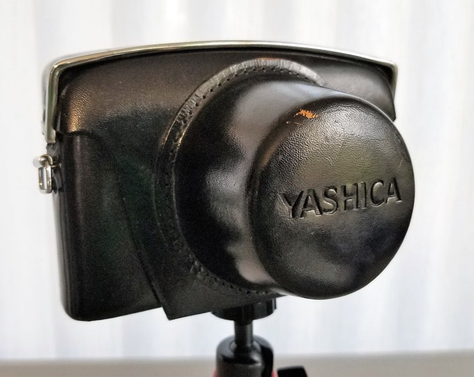 Yashica Minister-D Black Leather Camera Case with Original Yashica Strap - for 35mm Rangefinder Film Camera - Excellent Condition